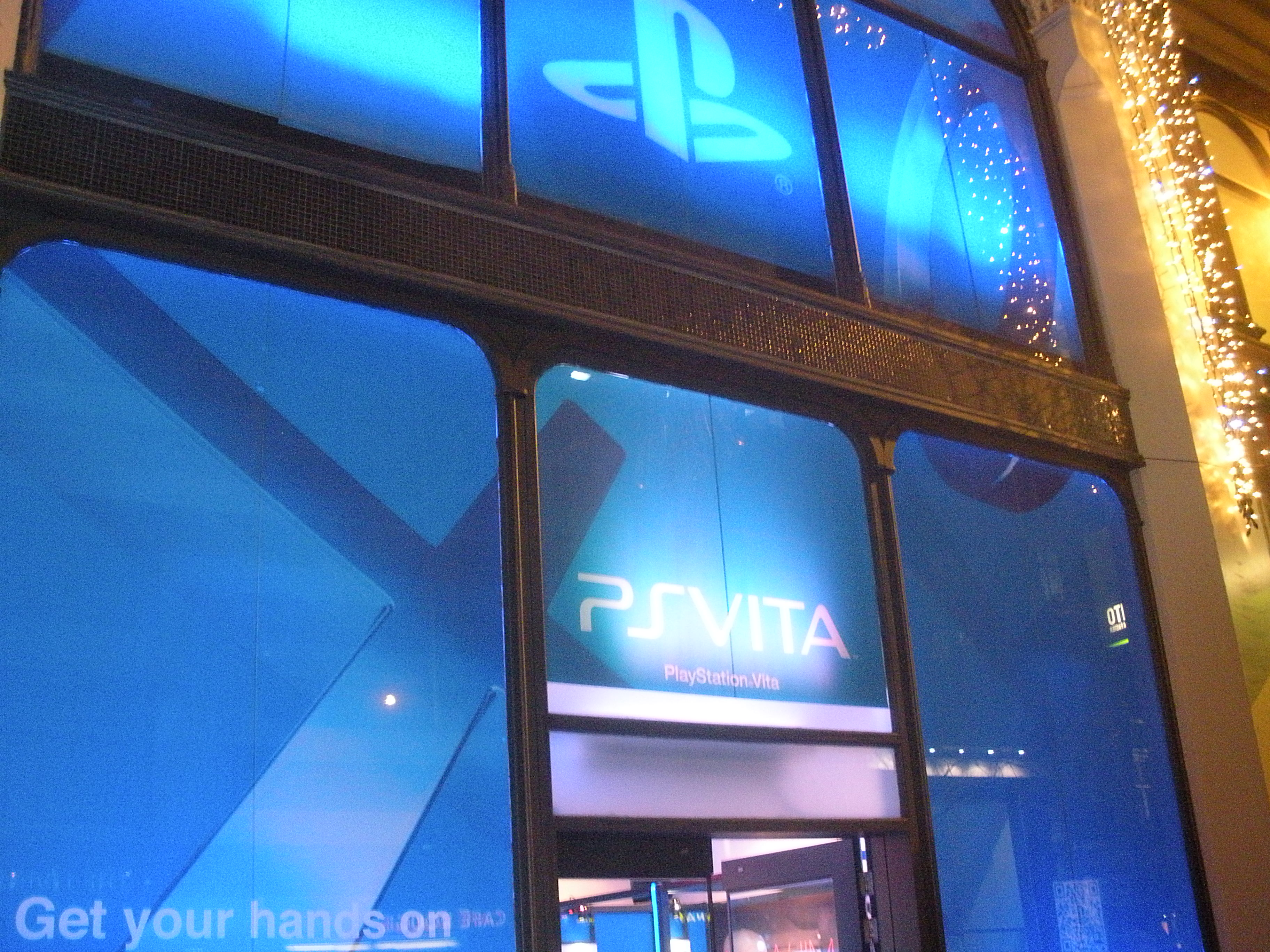 PS Vita Event Outside